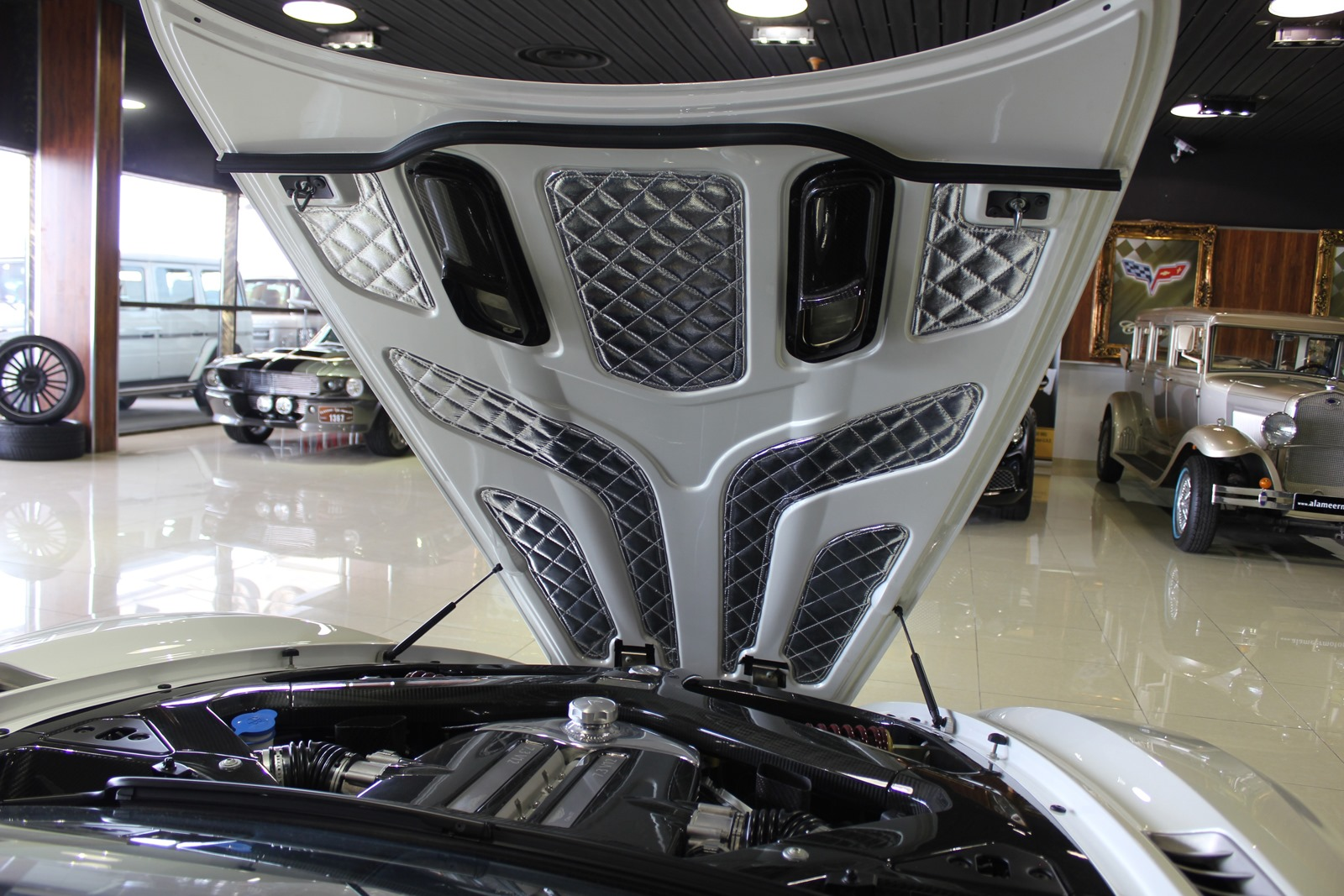 Aston-Martin-One-77-12%25255B3%25255D.jpg