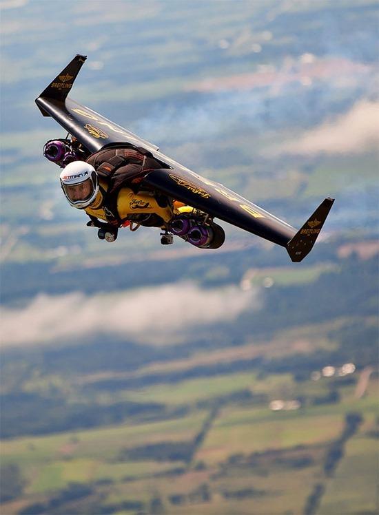 Jetman Yves Rossy (5)