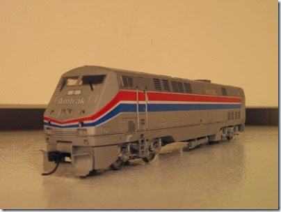 IMG_1123 Amtrak 9 P42DC by Athearn
