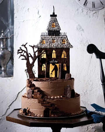 haunted-house-halloween-cake