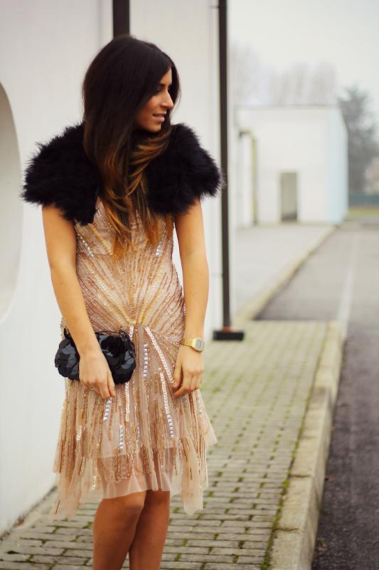 vestito di paillettes