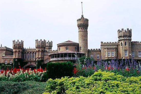 Bangalore palace Guttahalli Palace.jpg