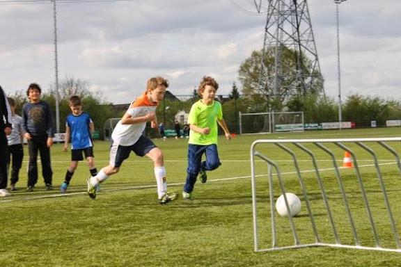 voetbalclinic e pupillen 2.jpg