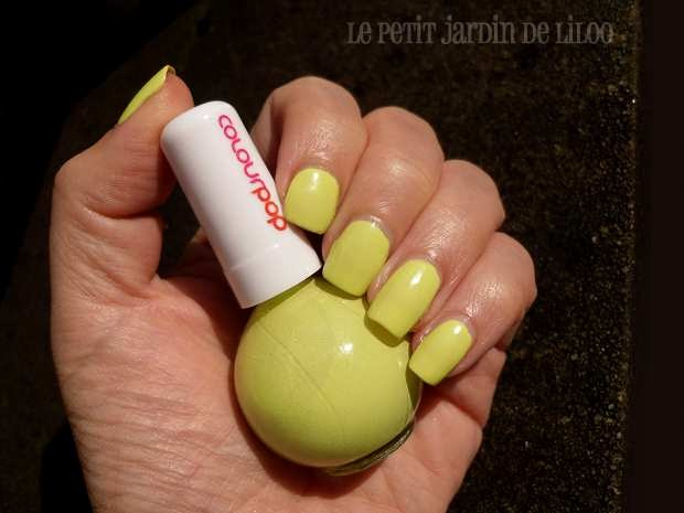 11-newlook-colour-pop-collection-nail-polishes-yellow-pistachio-review