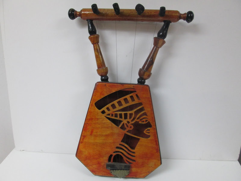 Nefertiti Lyre
