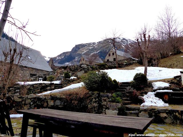 aldea-proximidades-saint-lary.JPG