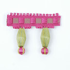 Taśma z koralami do zdobienia i wykańczania dekoracji tekstylnych (poduszek, zasłon, narzut, obrusów).