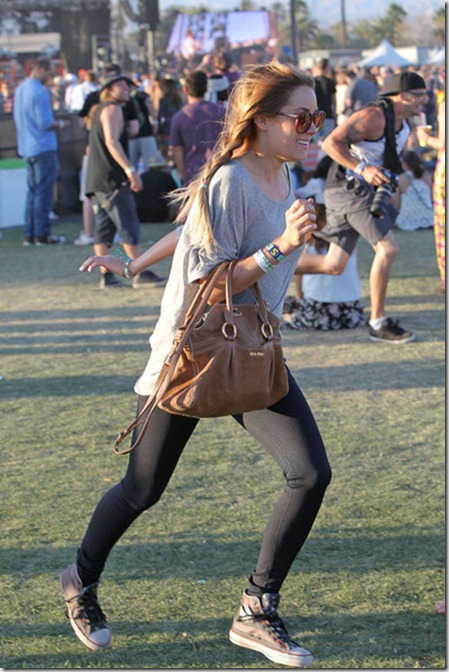 Lauren Conrad looking casual pigtails Coachella 8b4rzzJIve2l