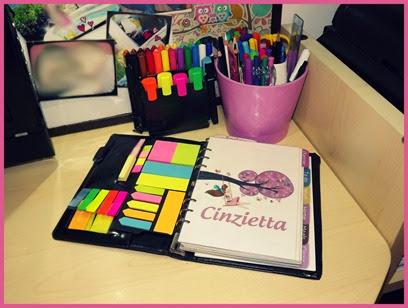 penne colorate e stickers