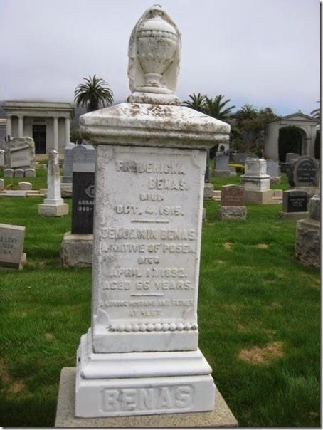 Benas Benjamin Grave