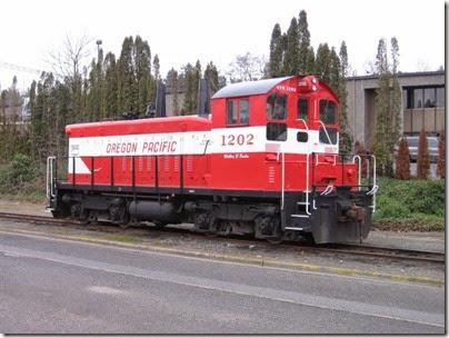 IMG_5330 Oregon Pacific SW1200RSu #1202 in Milwaukie on January 24, 2009