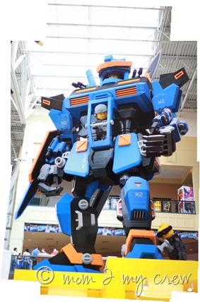 Robot lego land copy