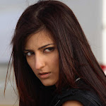 wallpaper_shruti-hassan-004-1920x1280.jpeg