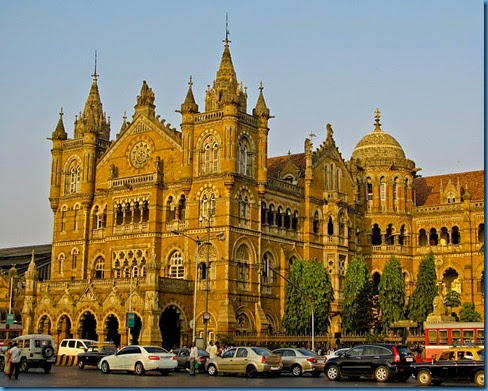 Mumbai-12-Victoria-station