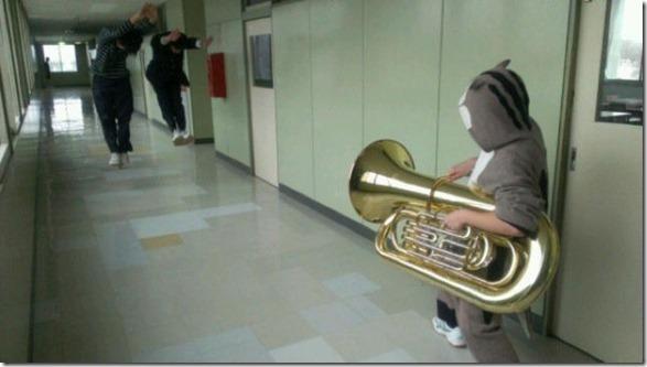 tuba-guns-meme-5