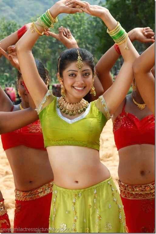 saguni-preneetha-hot-navel-images