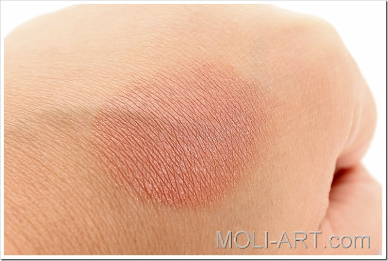 baked-blush-milani-berry-amore-2