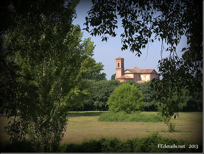 La pista ciclabile-pedonale delle Mura di Ferrara - The pedestrian and bicycle path of the Walls of Ferrara, Italy, Foto2