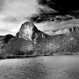 Lonely mountain by Akkarapat Kantamala - Landscapes Mountains & Hills ( mountain, black and white, contest, landscape, b&w )