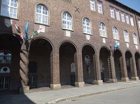 todas las columnas son distintas, Szeged