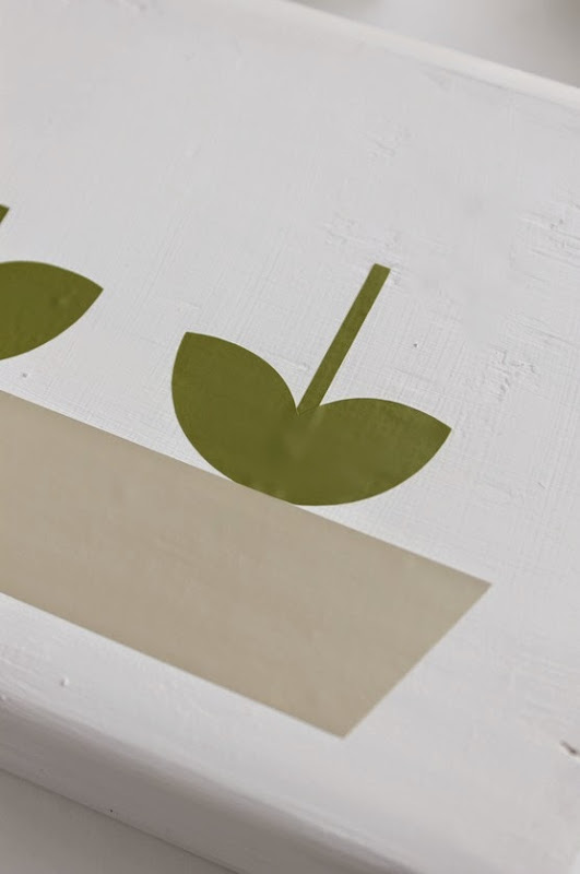 spring block how to layer vinyl lettering
