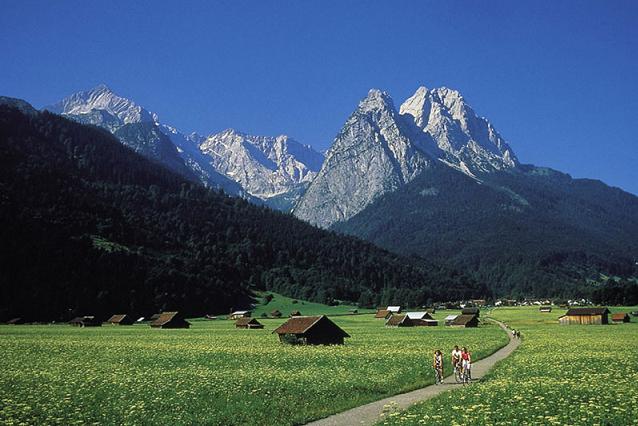 eb_IBK-MUC_Garmisch.jpg