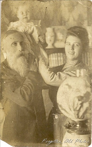 1911 Christmas Greeting