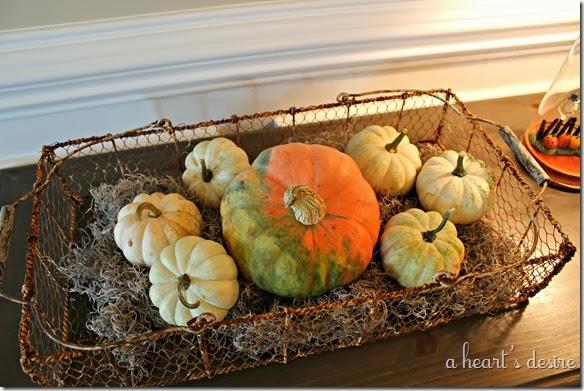 Pumpkins Table