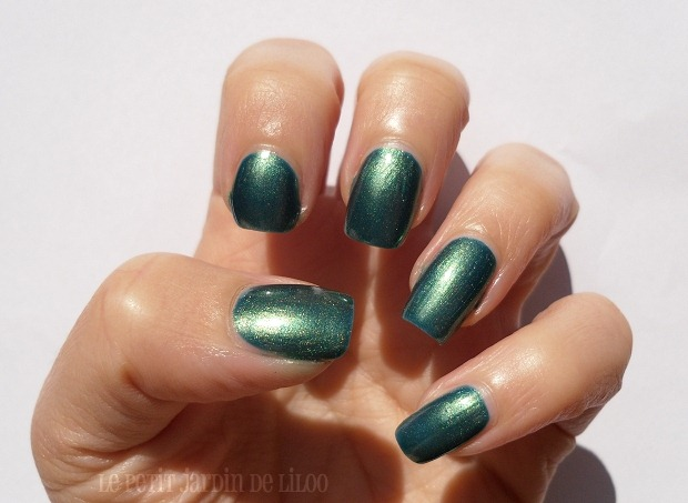 04-gosh-dragon-nail-polish-review-swatch