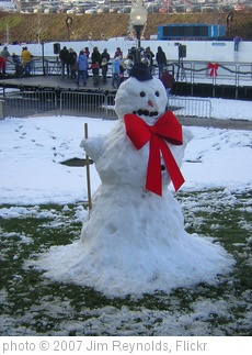 'Snowman' photo (c) 2007, Jim Reynolds - license: http://creativecommons.org/licenses/by/2.0/