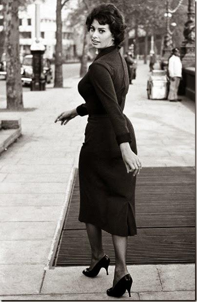 Sophia-Loren---1957---London