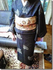 着物でカラオケの会にご出席 (2)