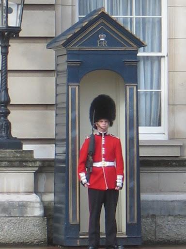 Buckingham Palace Guard (Scottish Guard)