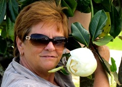 Barb With Magnolia Bud