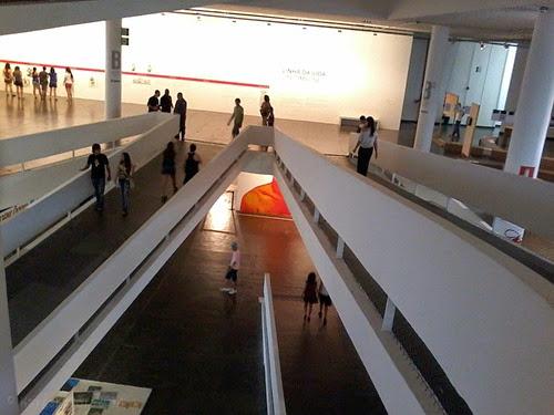 Detalhe de Eder Oliveira na Bienal de São Paulo_ML2014