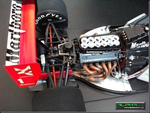 McLaren MP4-6_12