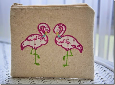 Flamingo pouch2