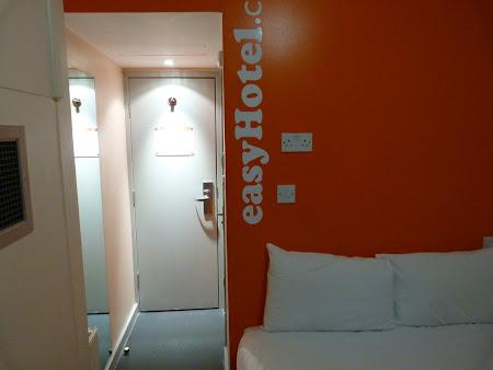 Cazare Anglia: camera in Easy Hotel Paddington London