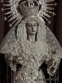 santa-maria-del-triunfo-de-granada-luto-y-mes-del-rosario-2013-alvaro-abril-vela-(13).jpg