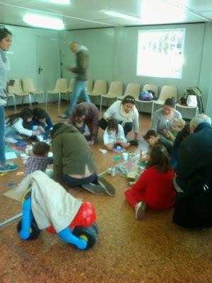 Taller de reciclaje creativo con niños y padres