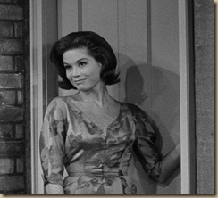 Mary Tyler Moore16