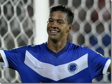 Wallyson Cruzeiro 5 sub Juliana Flister VIPCOMM 700 525