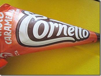 caramel cornetto, 240baon