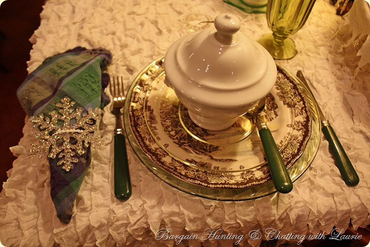 Winter Snow Tablescape-Bargain Decorating with Laurie