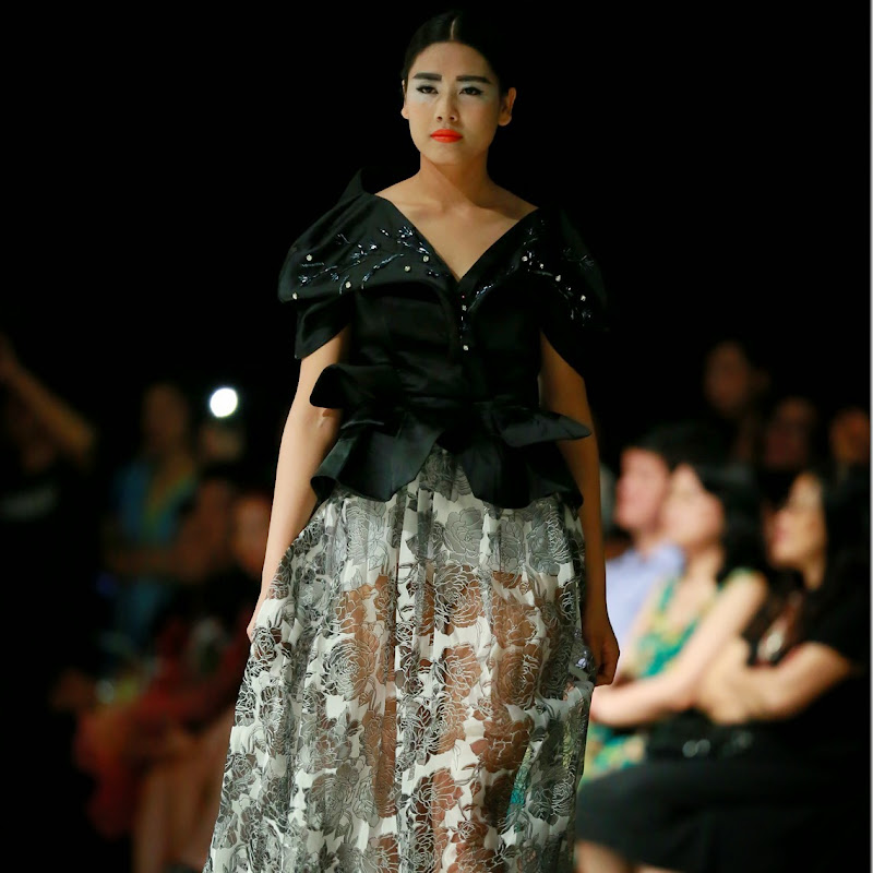 Các thiết kế ấn tượng tại tuần lễ thời trang Việt Nam thu đông 2014