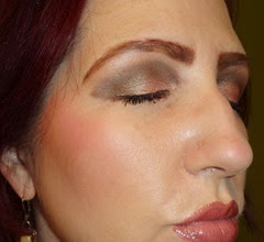 eyes closed wearing Naked On The Run palette