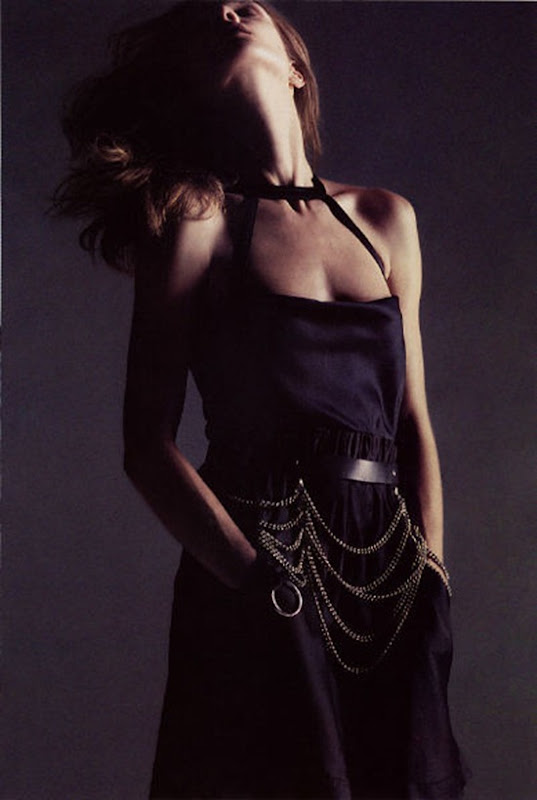 vogue paris august2002 natalia vodianova 2