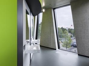 baños-Biblioteca-Médica-OASE-en-Düsseldorf-Alemania