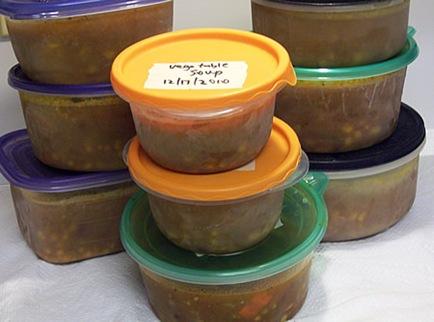 vegetable-soup-dinner-roll 013