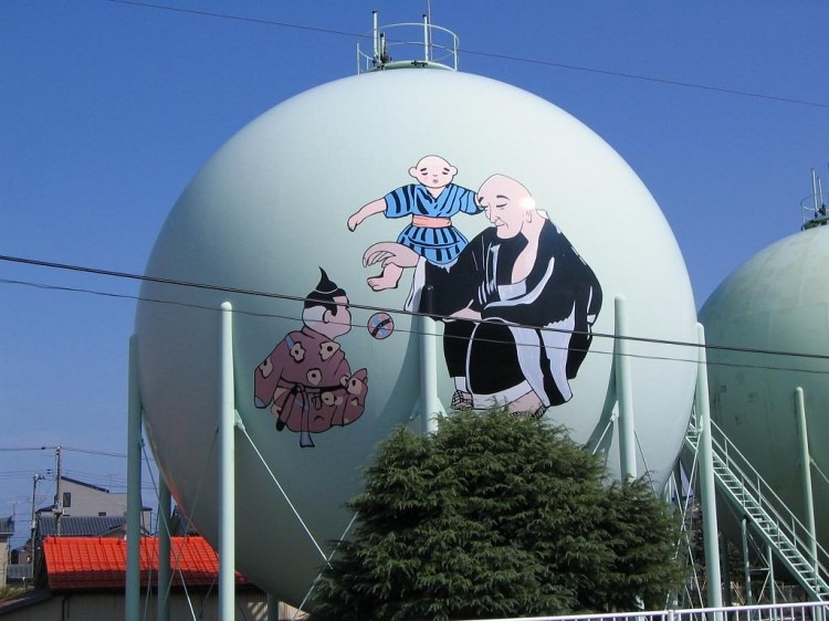 decorated-gas-tanks-japan-4